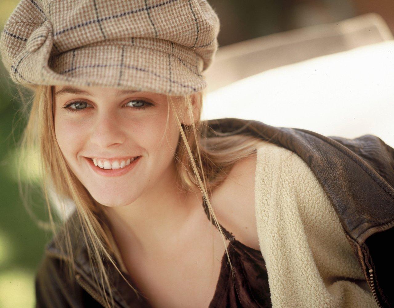 Alicia_silverstone_close_up540